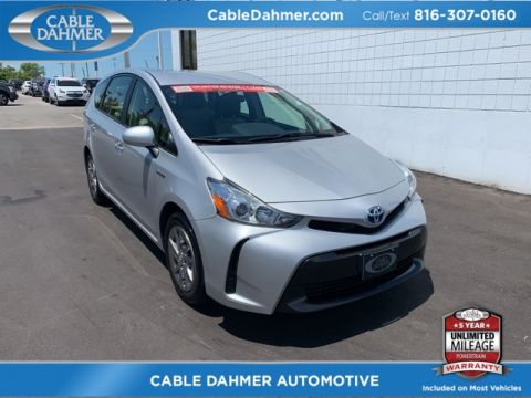 Pre-Owned 2017 Toyota Prius v Five FWD Hatch